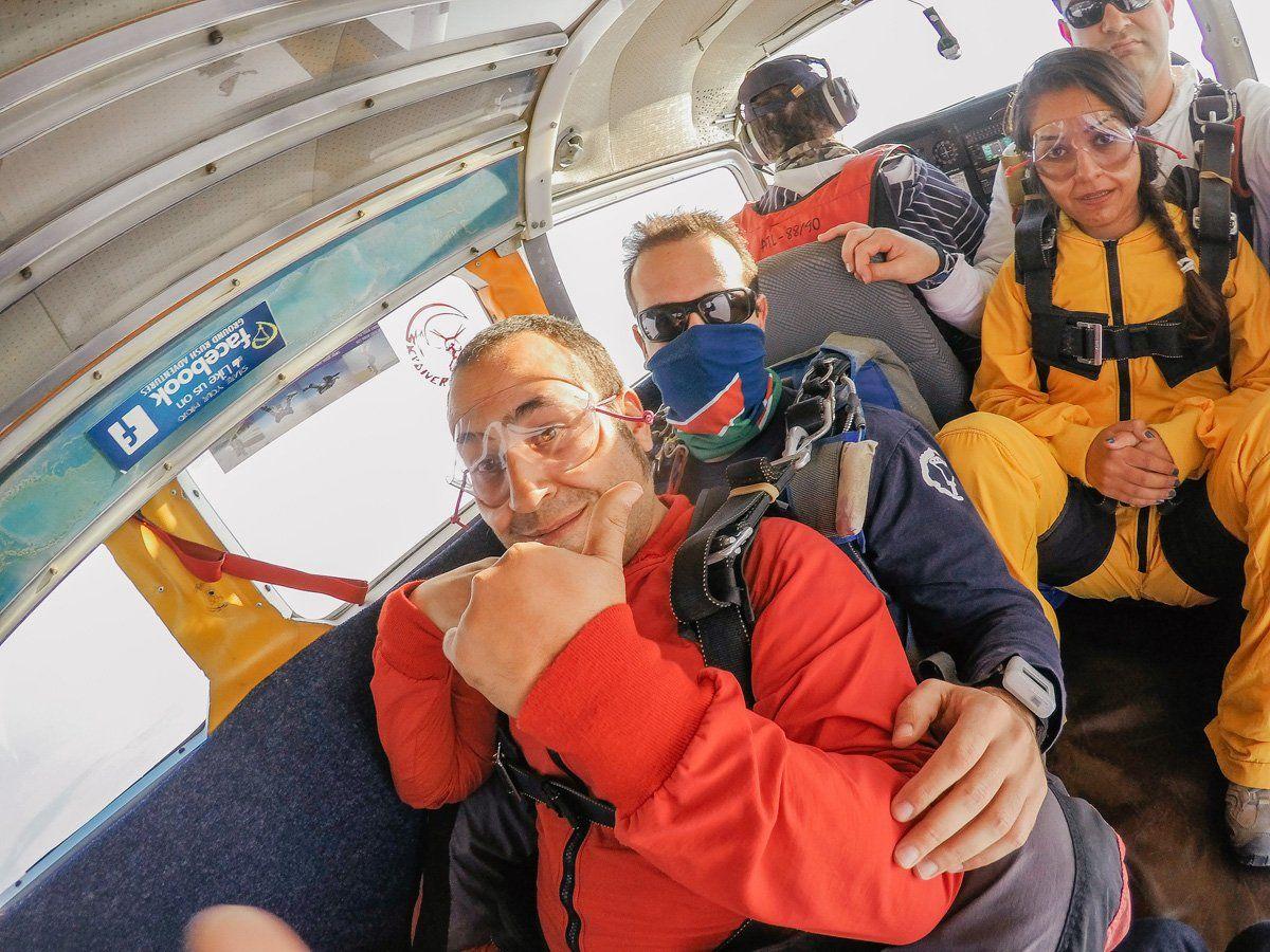 Skydiving Nedir