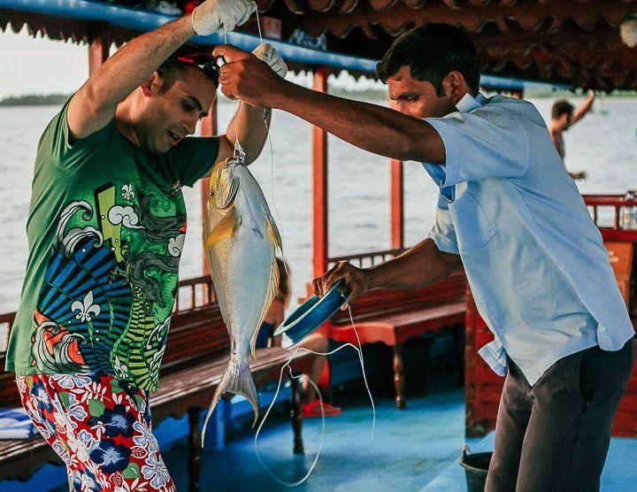Maldivler gün batımı balık tutma