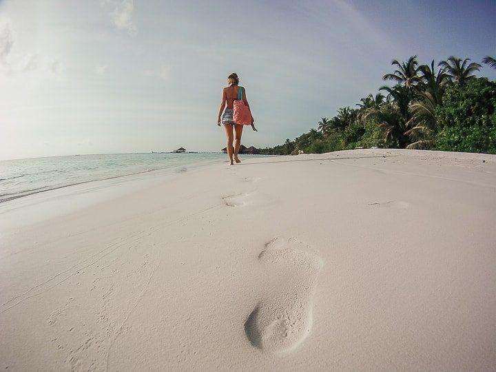 Maldivler mercan kumu