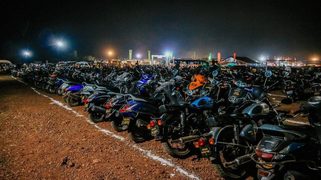 Goa motosiklet park yeri gece pazarı